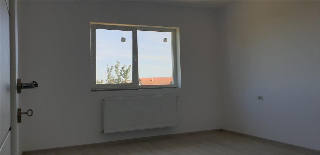Casa tip duplex 4 camere de vanzare Mosnita Noua - ID V442 15