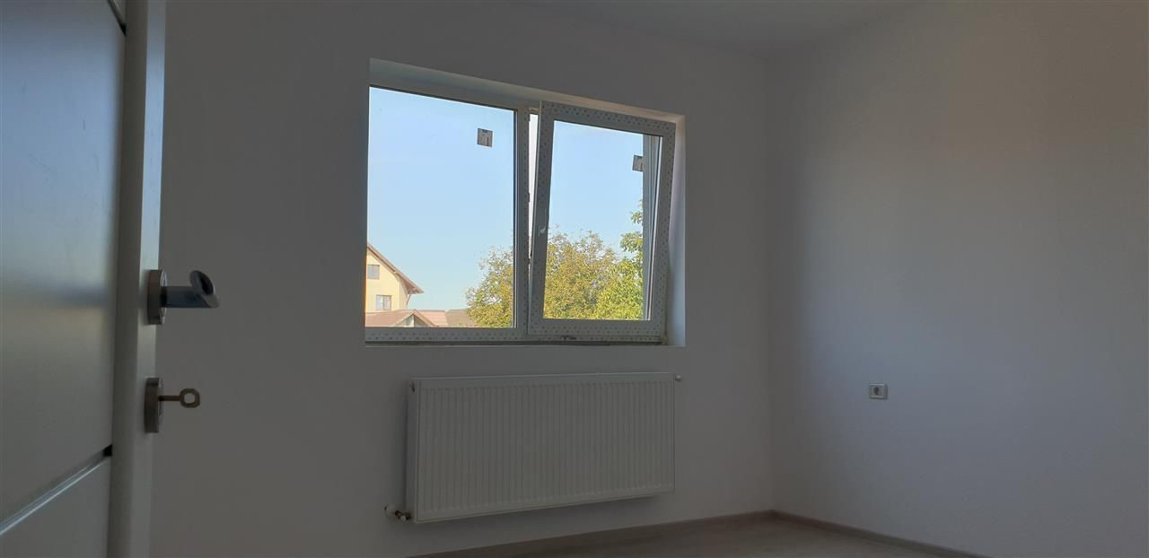 Casa tip duplex 4 camere de vanzare Mosnita Noua - ID V442 16