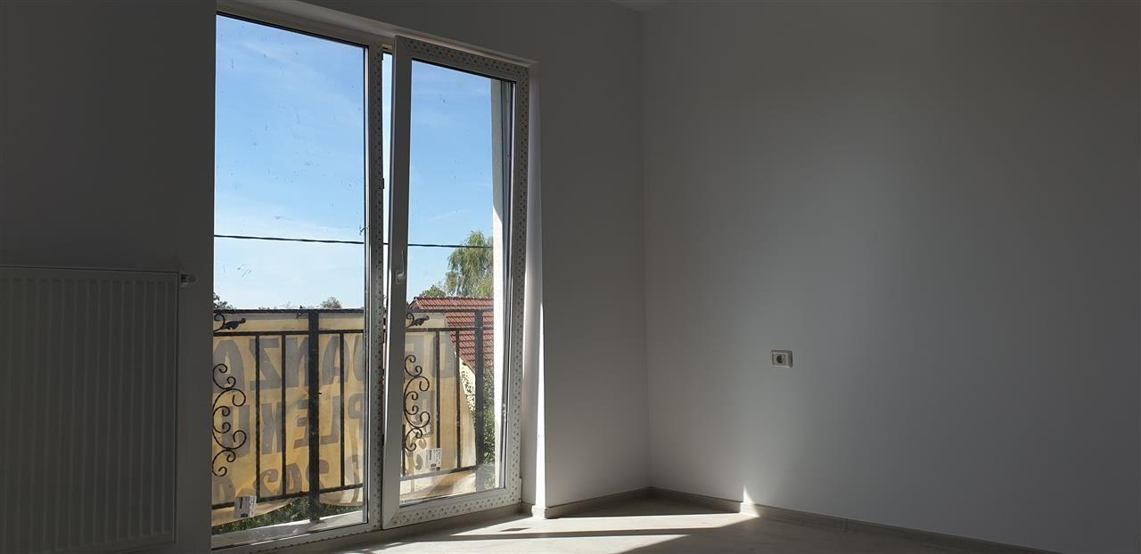 Casa tip duplex 4 camere de vanzare Mosnita Noua - ID V442 17