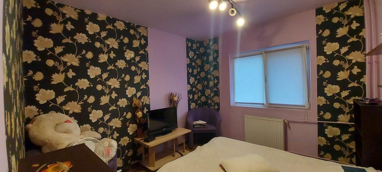 Apartament 3 camere, etaj 3/4, complet utilat si mobilat, zona Dambovita - V2351 8