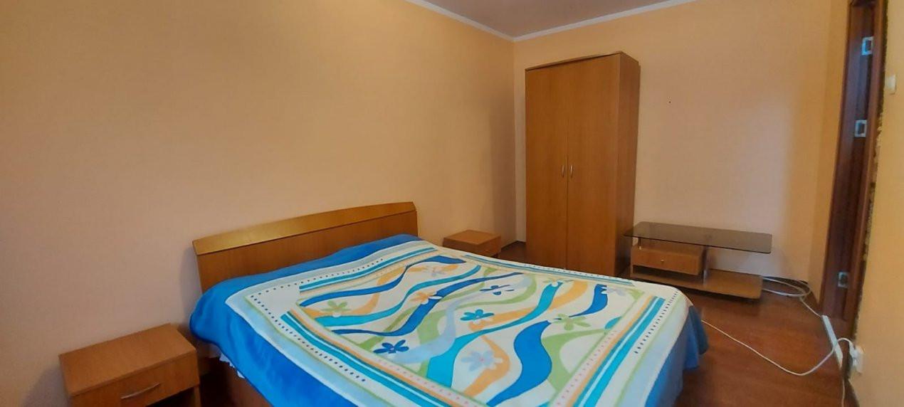Apartament 3 camere, etaj 3/4, complet utilat si mobilat, zona Dambovita - V2351 13