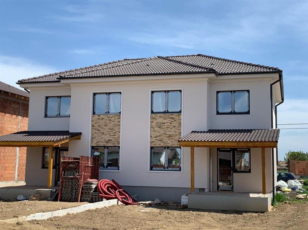 Casa tip duplex 4 camere de vanzare Mosnita Noua - ID V359 2