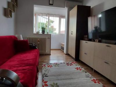 Apartament 2 camere, decomandat, renovat, zona Sagului - V2367