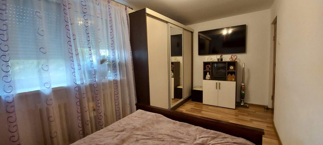 Apartament 2 camere, decomandat, renovat, zona Sagului - V2367 4