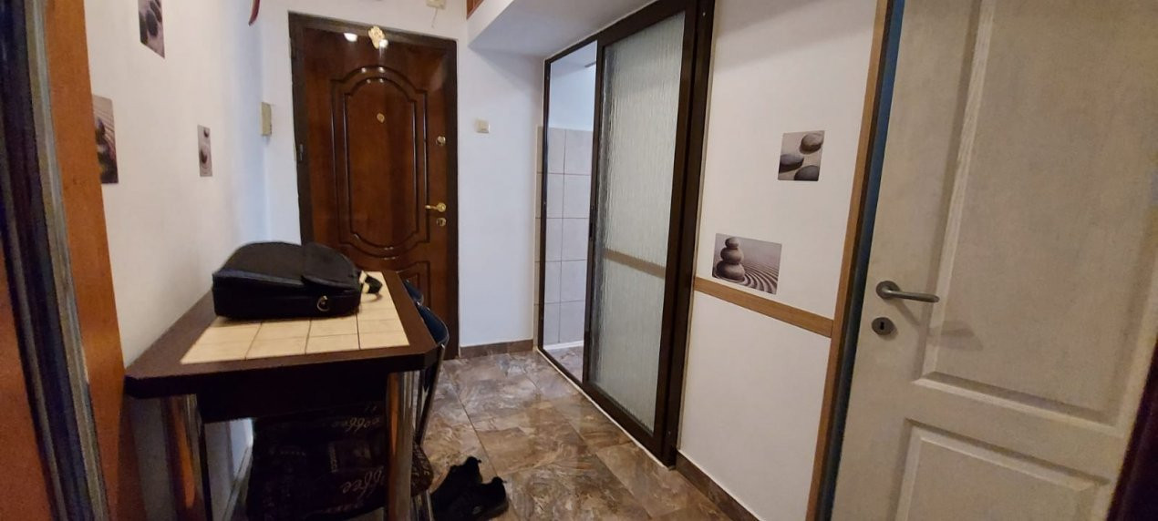 Apartament 2 camere, decomandat, renovat, zona Sagului - V2367 6