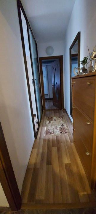 Apartament 2 camere, decomandat, renovat, zona Sagului - V2367 9
