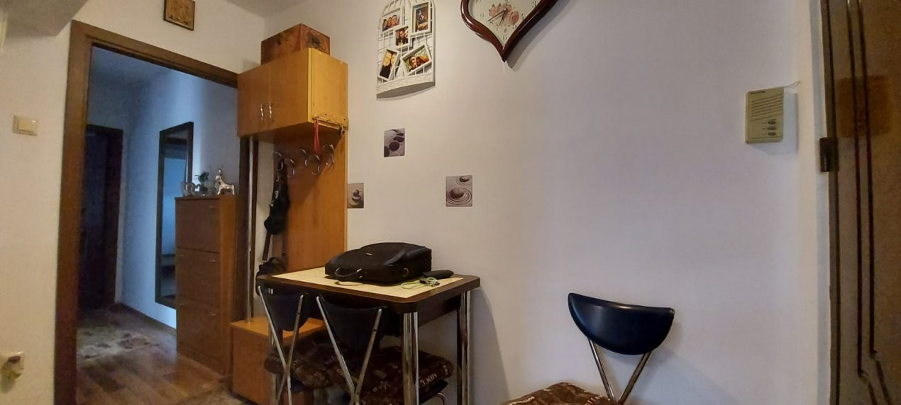 Apartament 2 camere, decomandat, renovat, zona Sagului - V2367 11