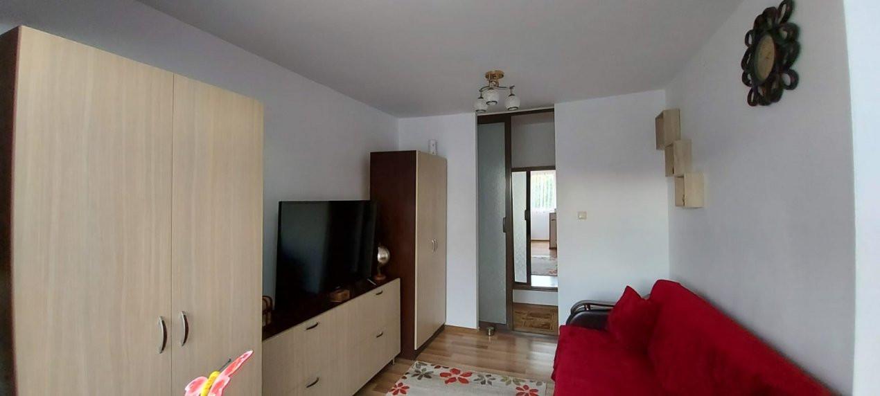 Apartament 2 camere, decomandat, renovat, zona Sagului - V2367 13