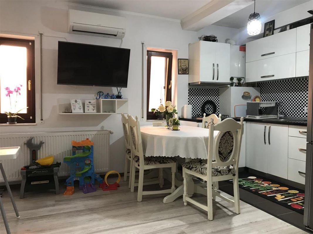 Apartament 3 camere de vanzare zona Dumbravita Negociabil - ID V357 4