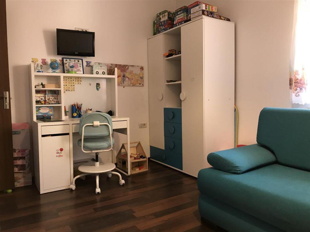 Apartament 3 camere de vanzare zona Dumbravita Negociabil - ID V357 8