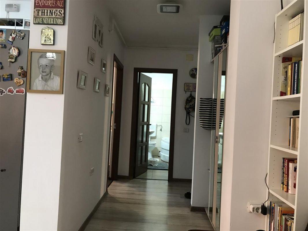 Apartament 3 camere de vanzare zona Dumbravita Negociabil - ID V357 9
