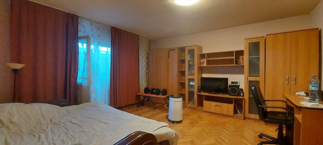 Apartament 1 camera, Etaj 1, Decomandat, zona Steaua - V2376 4