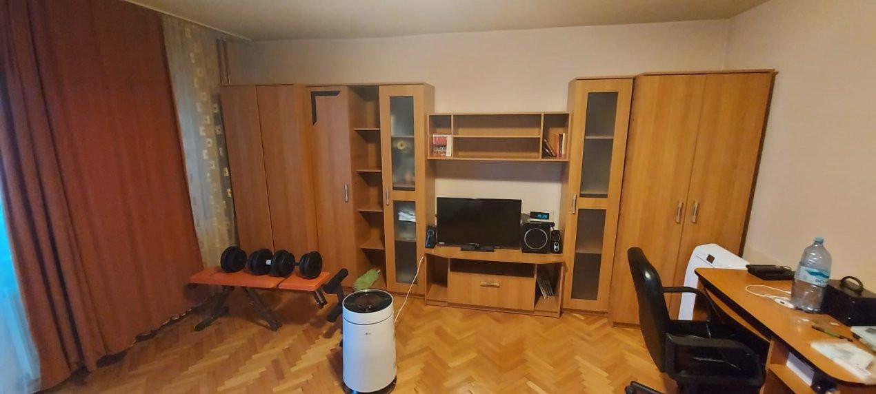 Apartament 1 camera, Etaj 1, Decomandat, zona Steaua - V2376 12