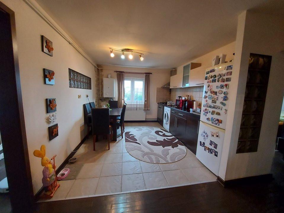 Apartament modern cu 2 camere decomandate  3
