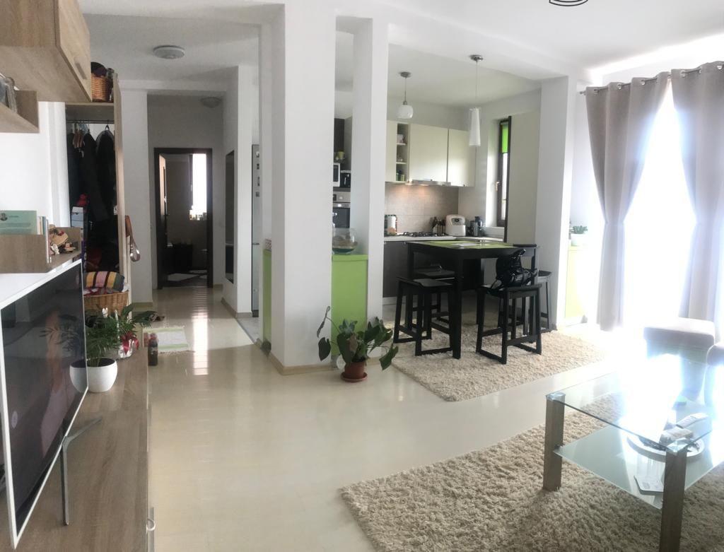 De vanzare apartament cu 2 camere Giroc - ID V356 1