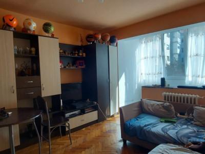 Oportunitate imobiliara! Apartament 2 camere, etaj 1, zona Dambovita - V2383