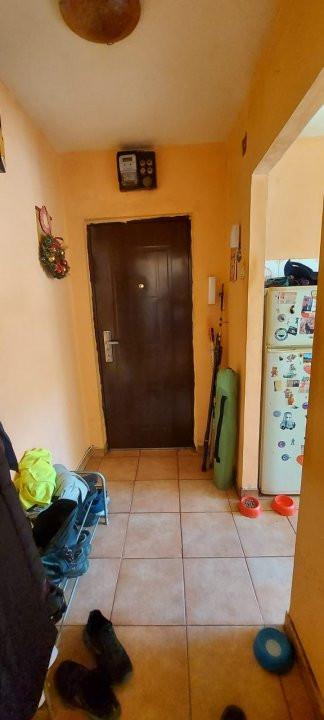 Oportunitate imobiliara! Apartament 2 camere, etaj 1, zona Dambovita - V2383 11