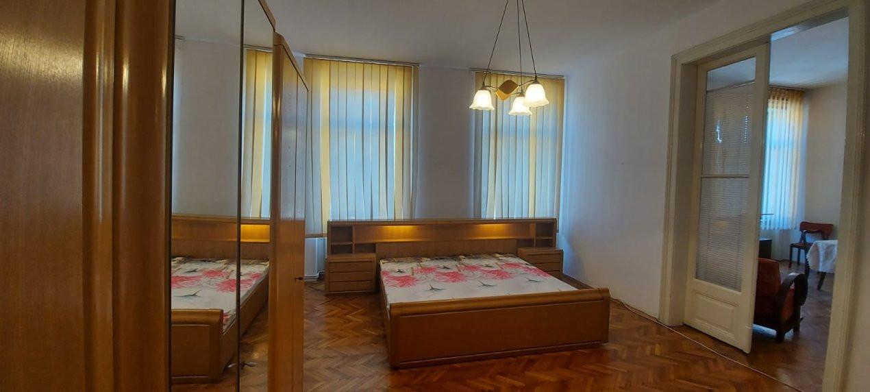 Apartament, 2 camere, etaj 1, 80mp, zona  Iosefin - V2389 3