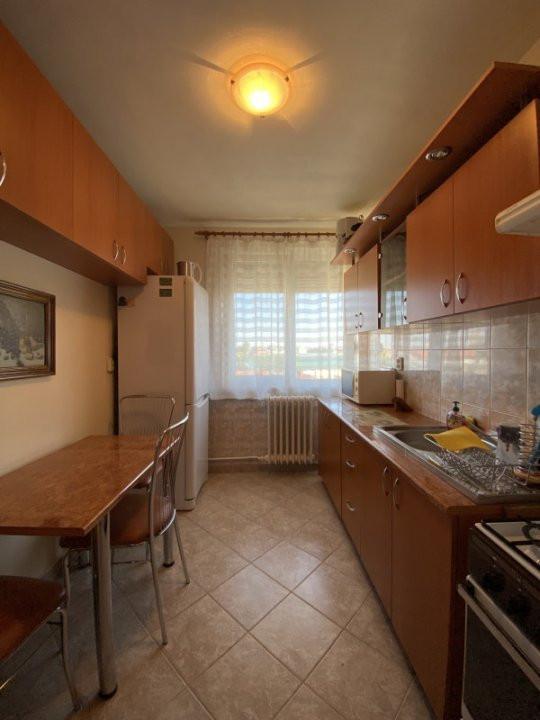 Apartament cu 2 camere, semidecomandat, de inchiriat, in Timisoara. 6