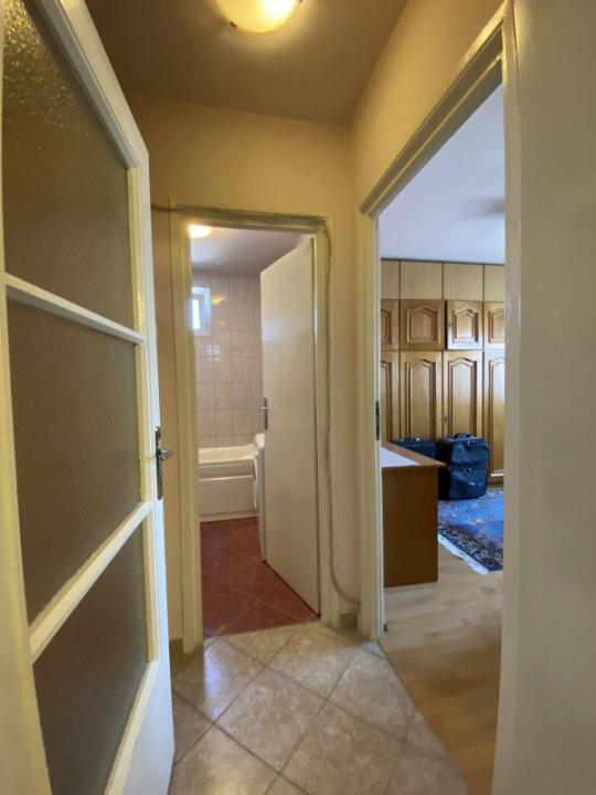 Apartament cu 2 camere, semidecomandat, de inchiriat, in Timisoara. 10