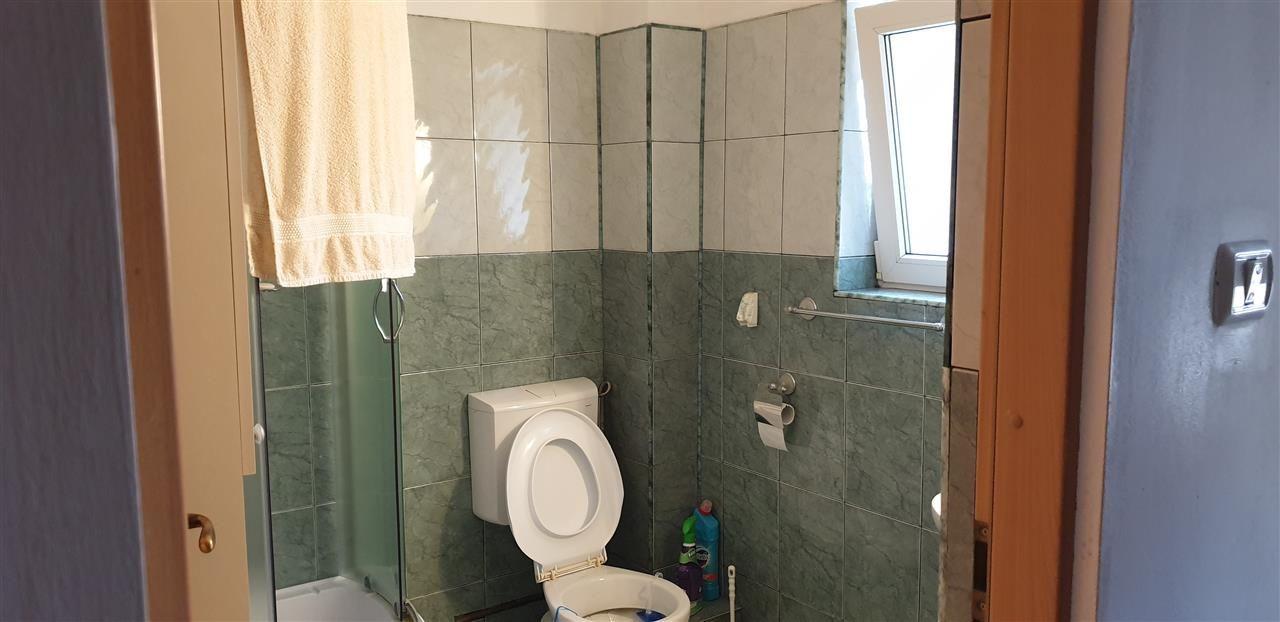 Casa individuala de vanzare 4 camere Mosnita Noua - ID V350 17