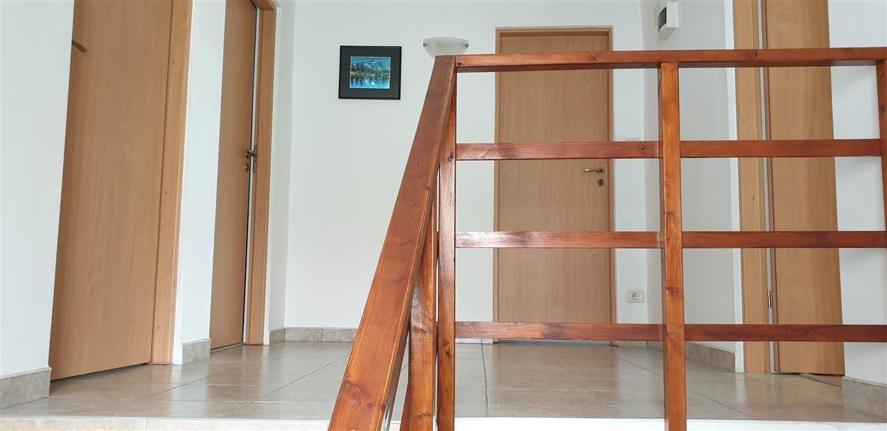 Casa individuala de vanzare 4 camere Mosnita Noua - ID V350 19