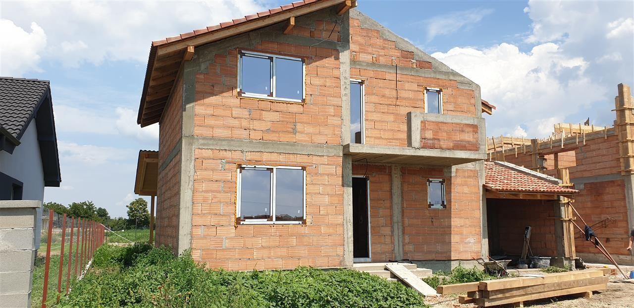 Casa de vanzare 4 camere Mosnita Noua - ID V349 8