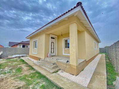 Casa individuala zona linistita Sanmihaiu Roman