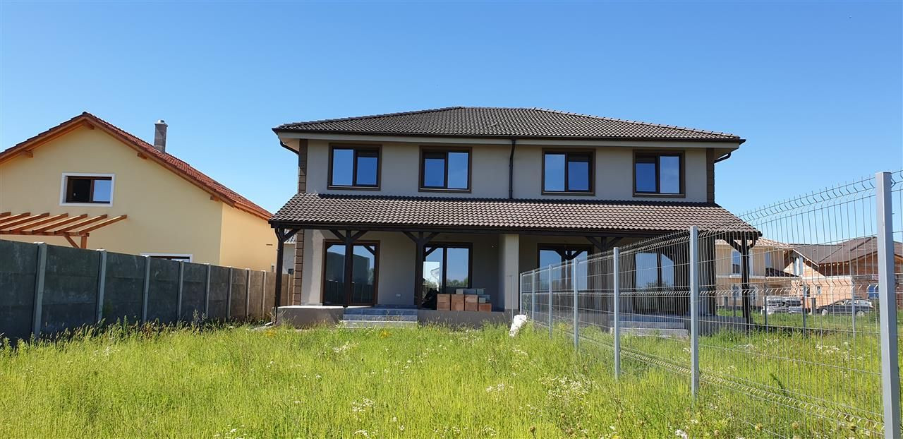 Casa tip duplex 4 camere de vanzare Mosnita Noua - ID V441 1