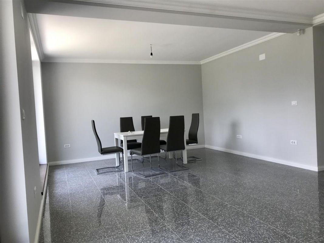Casa individuala la cheie cu 3 camere de vanzare zona Dumbravita Neg.  - ID V348 2