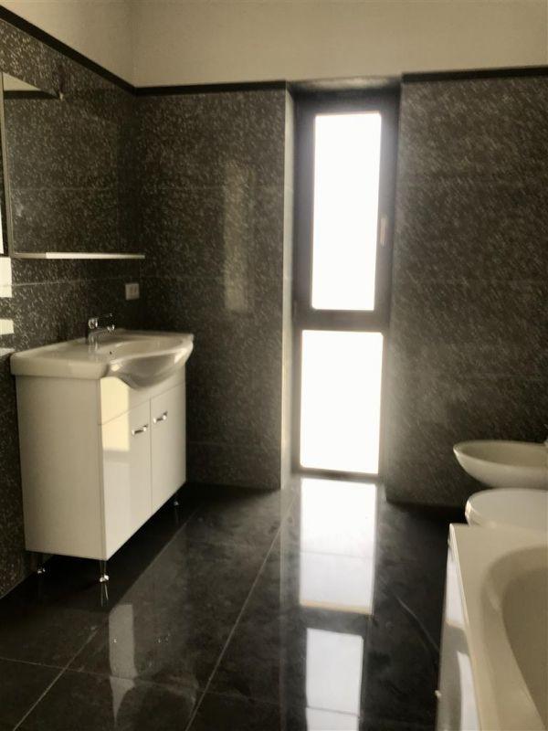 Casa individuala la cheie cu 3 camere de vanzare zona Dumbravita Neg.  - ID V348 9