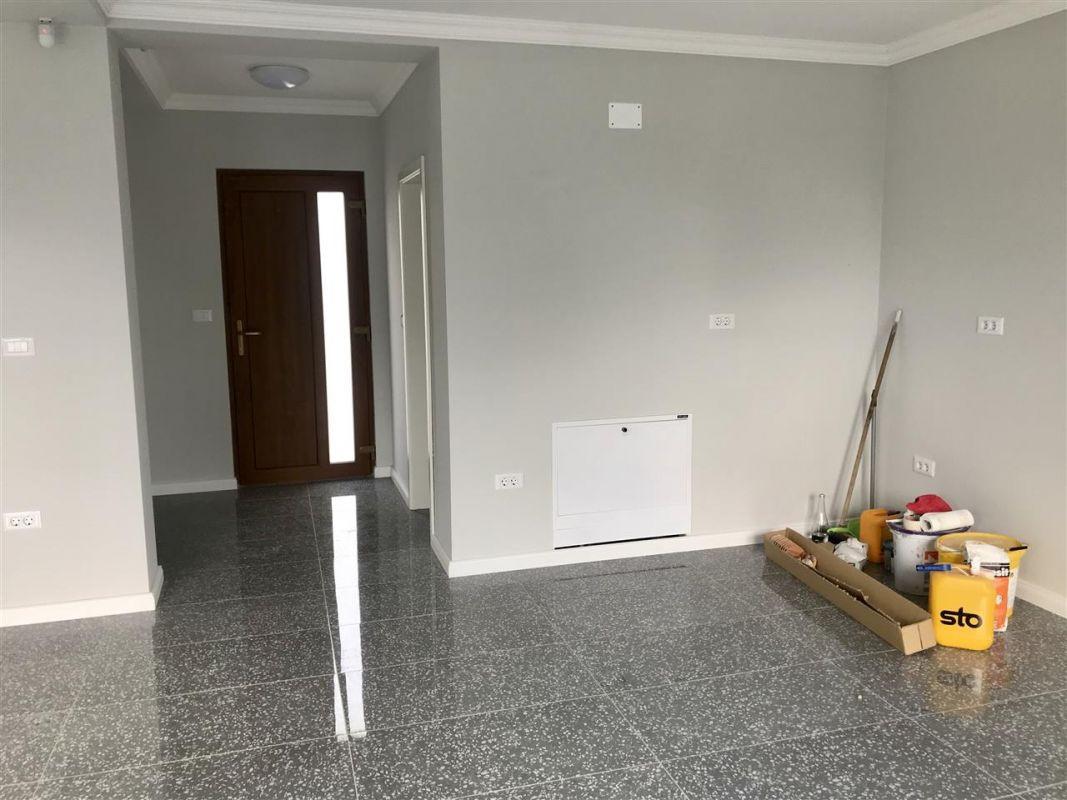 Casa individuala la cheie cu 3 camere de vanzare zona Dumbravita Neg.  - ID V348 15