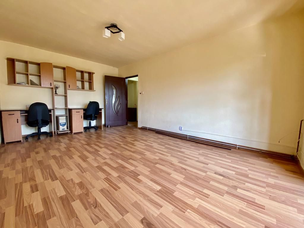 Apartament 3 camere de vanzare zona Soarelui - ID V347 5