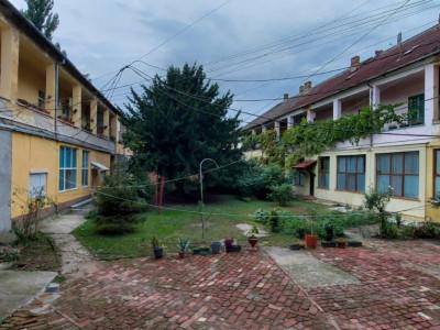 Apartament 3 camere, Parter inalt, zona Iosefin - V2459