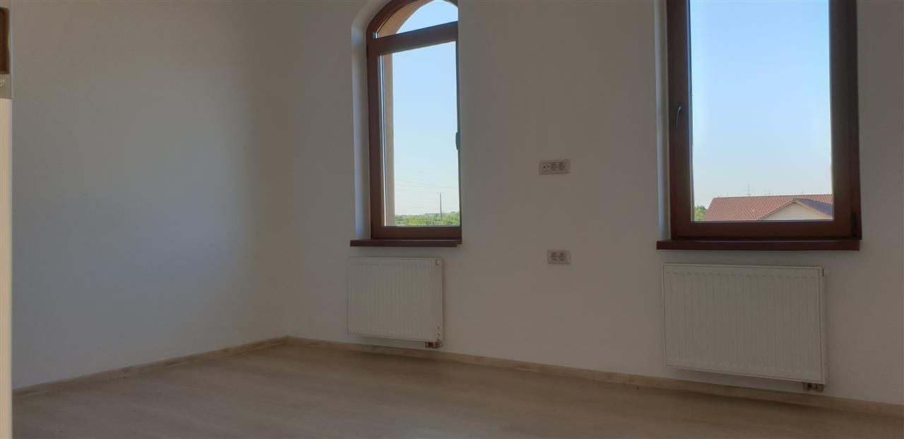 Casa tip Duplex 4 camere in Mosnita Noua - ID V343 12