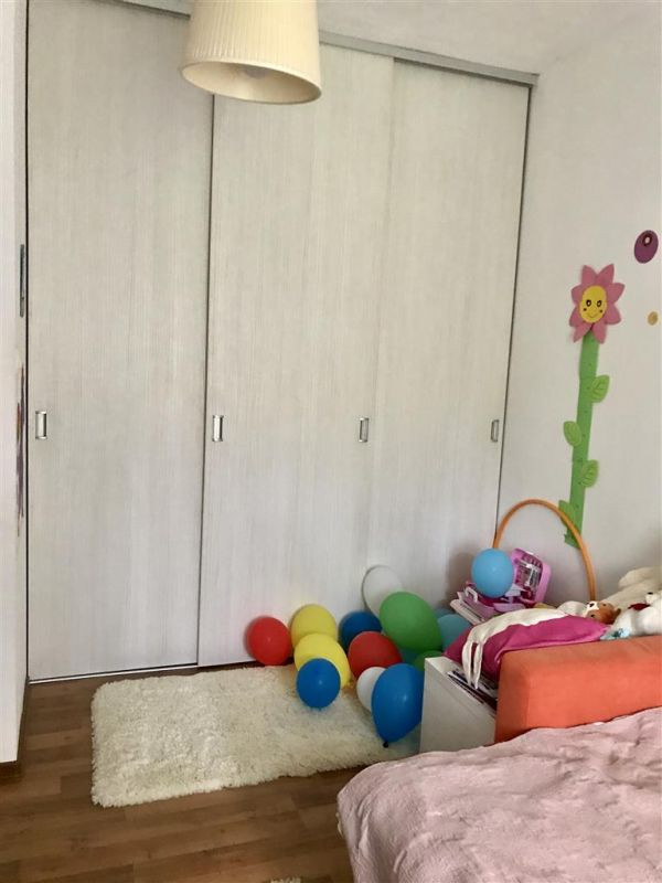 Apartament 4 camere la vila + gradina zona Dumbravita Negociabil - ID V342 4