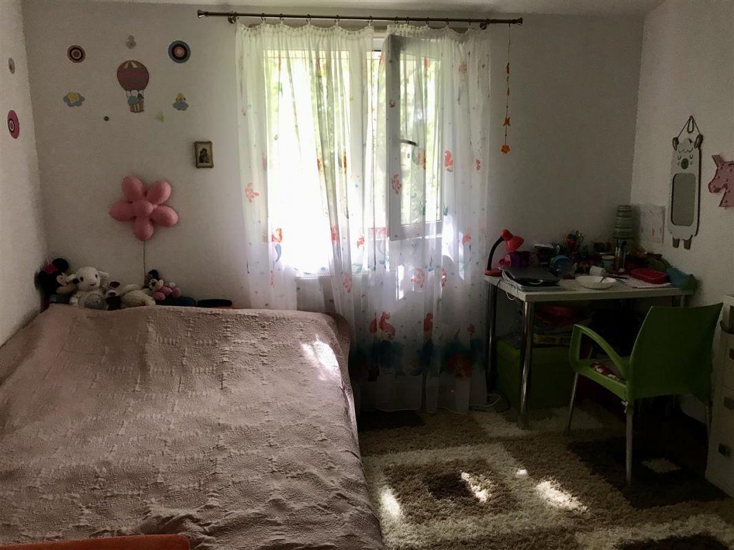 Apartament 4 camere la vila + gradina zona Dumbravita Negociabil - ID V342 7