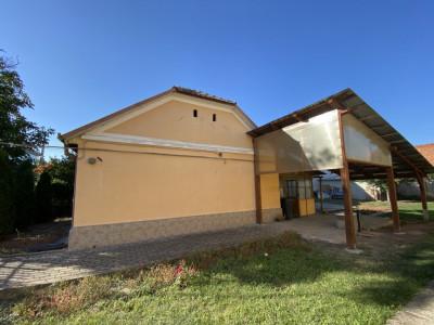 Casa individuala cu 2 camere, de vanzare in Timisoara.