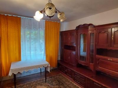 Apartament 2 camere, etaj1, bloc izolat, zona Sagului - V2522