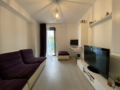 Apartament cu 2 camere, cu curte de 100 MP