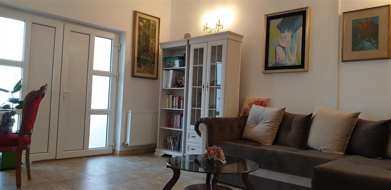 Casa individuala de vanzare 3 camere in Mosnita Noua - ID V293 2