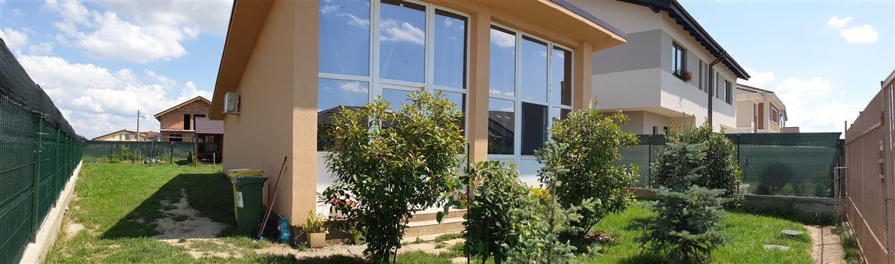 Casa individuala de vanzare 3 camere in Mosnita Noua - ID V293 13