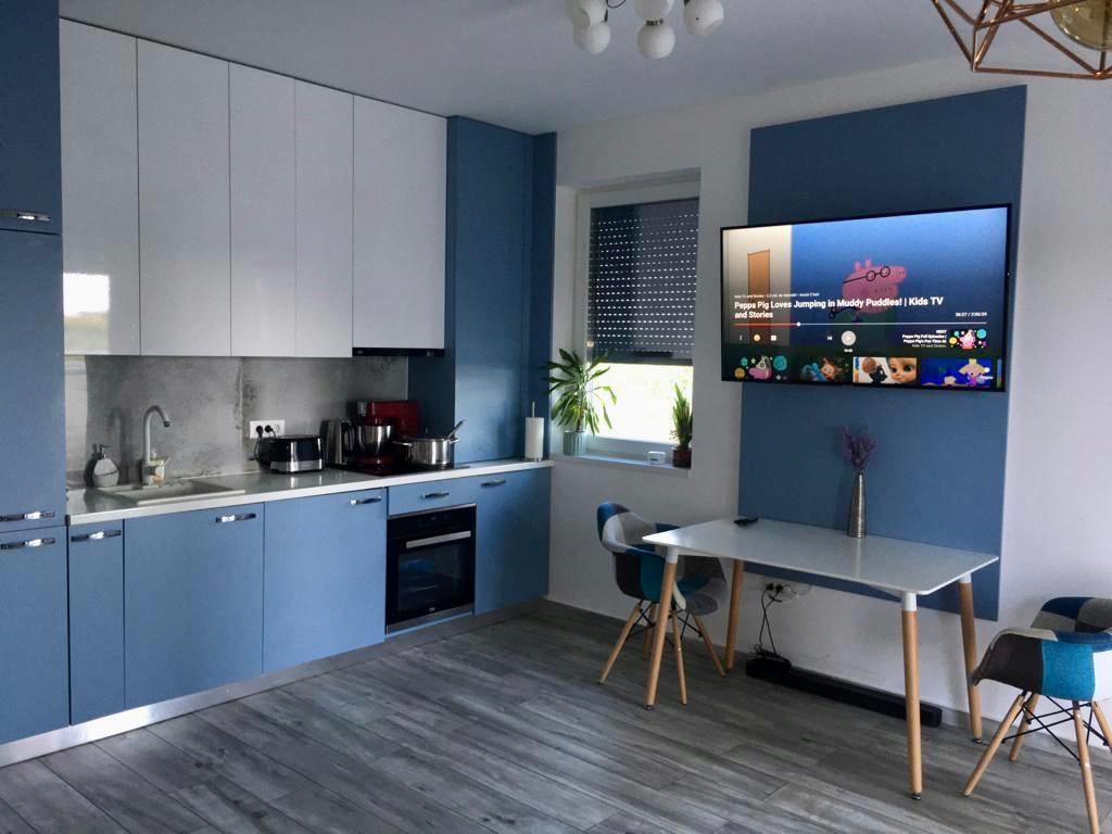 Apartament 3 camere de vanzare + gradina zona Dumbravita - ID V323 1