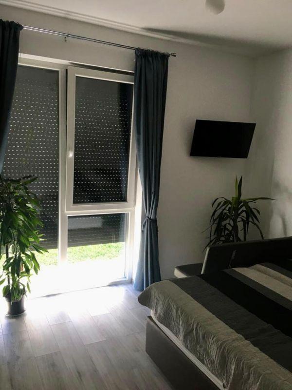 Apartament 3 camere de vanzare + gradina zona Dumbravita - ID V323 5