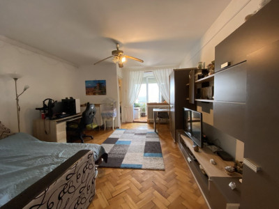 Apartament cu 1 camera pe Circumvalatiunii.