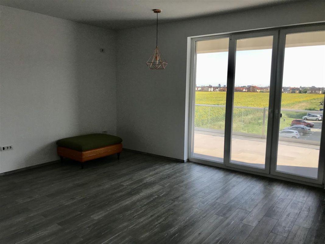 Apartament 3 camere de vanzare zona Dumbravita - ID V305 1