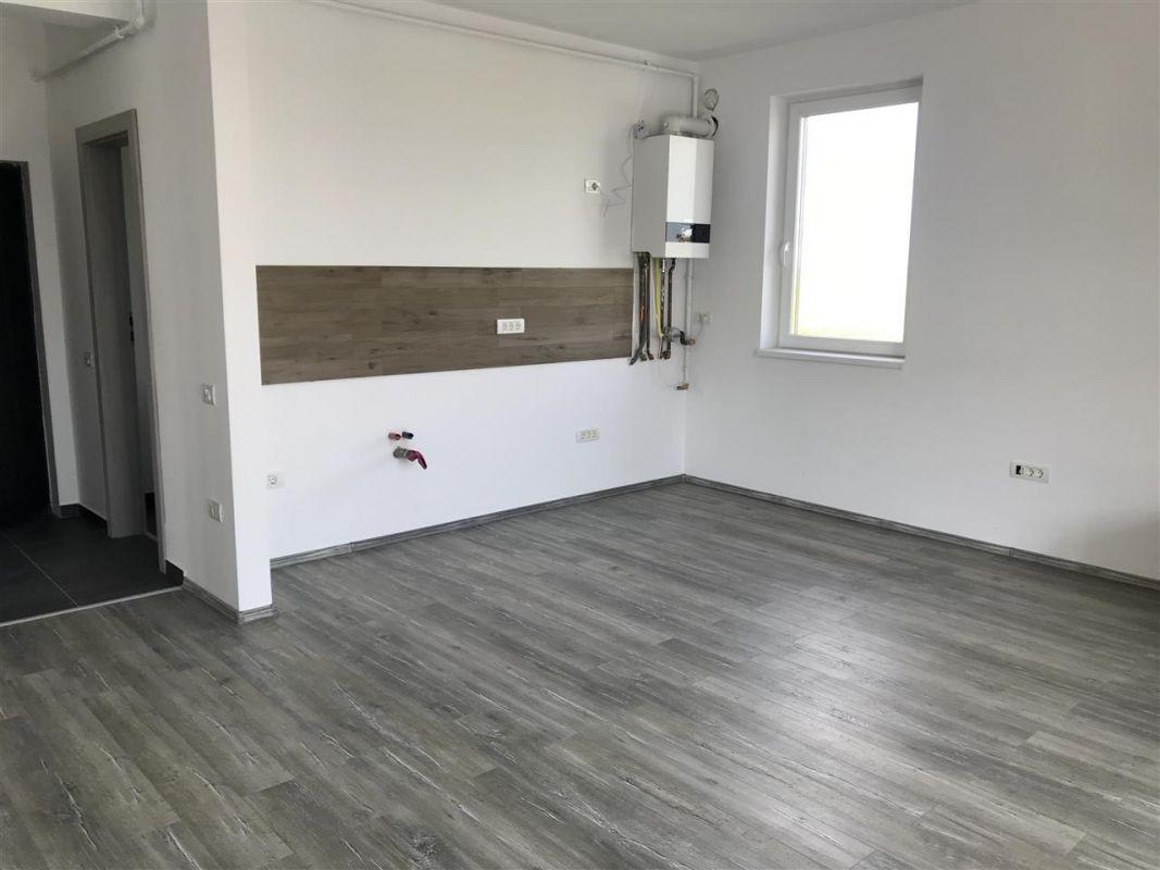 Apartament 3 camere de vanzare zona Dumbravita - ID V305 3