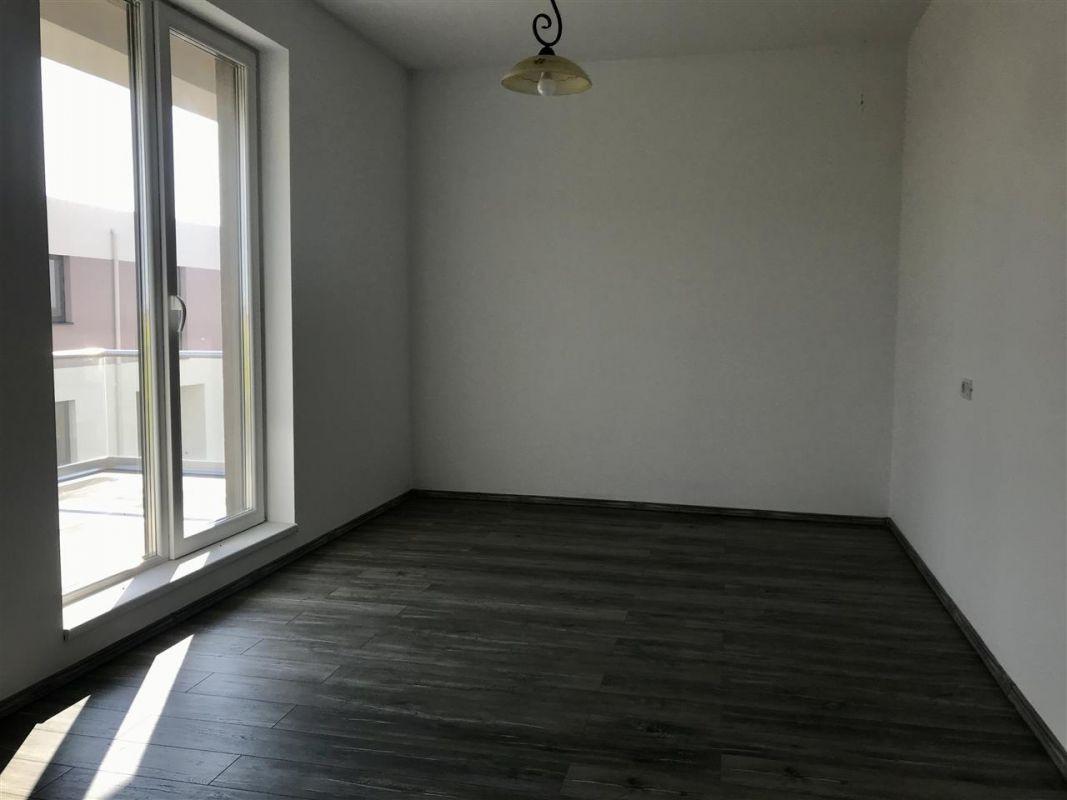 Apartament 3 camere de vanzare zona Dumbravita - ID V305 4