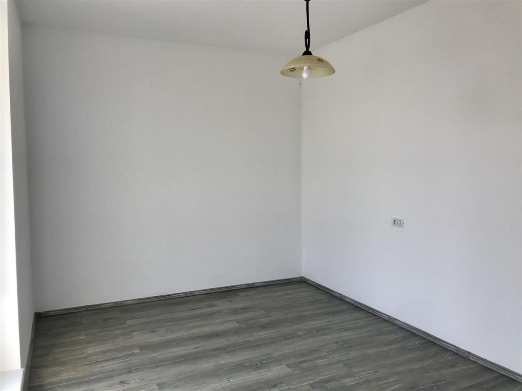Apartament 3 camere de vanzare zona Dumbravita - ID V305 5