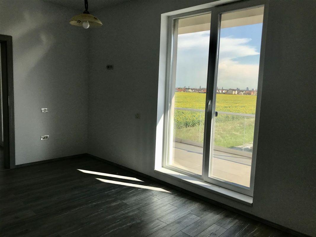 Apartament 3 camere de vanzare zona Dumbravita - ID V305 6